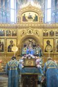 В канун праздника Казанской иконы Божией Матери Митрополит Александр совершил Всенощное бдение в Брянском Кафедральном Соборе